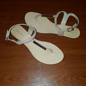 Calvin Klein cream T strap thong sandal
